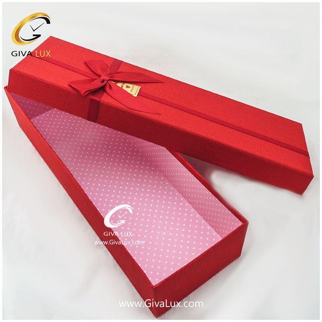 جعبه کادویی قرمز رنگ 49 سانتی متری