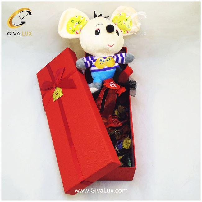 پک کادویی شامل موش گل قرمز جعبه قرمز