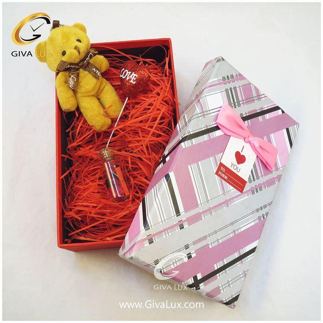 پک کادویی شامل خرس قهوه ای شیشه تزئینی و جعبه
