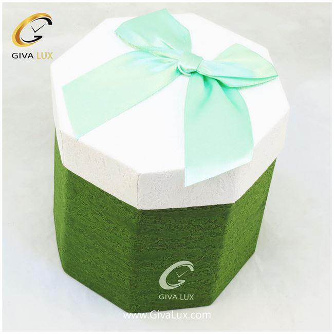 جعبه کادویی سبز رنگ 8 ضلعی بند دار