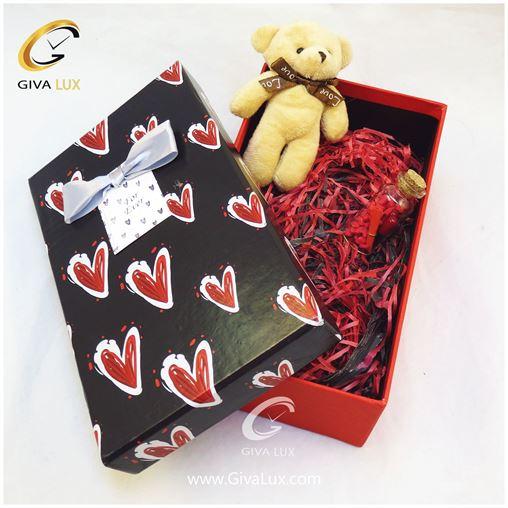 پک کادویی شامل خرس کرم رنگ قلب شیشه تزئینی جعبه