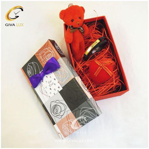 پک کادویی شامل جعبه خرس قرمز قلب دستبند اسپرت